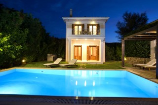 villas-in-lefkada-aeriko